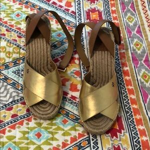 BRAND NEW TORY BURCH WEDGES